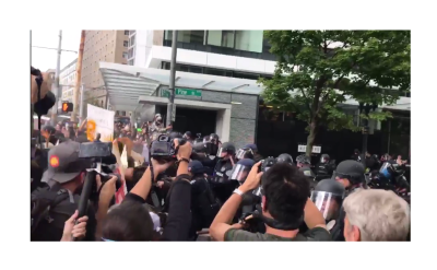 Antifa Attacks Cops for Being Nazis in Seattle 8/14/17, Heroes of the Left Wing!